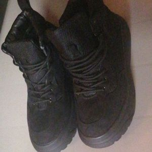(never worn) misguided boot sneakers